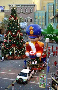 The Macys Parade at Universal!